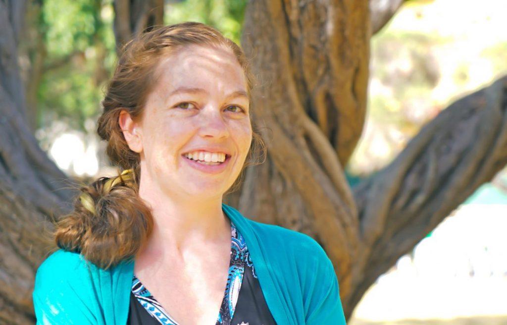 Laura Tipton headshot