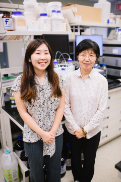 Lab photo of Ashley and Dr. Chang